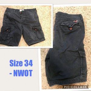 """Hollister shorts 34"""" nwot"""
